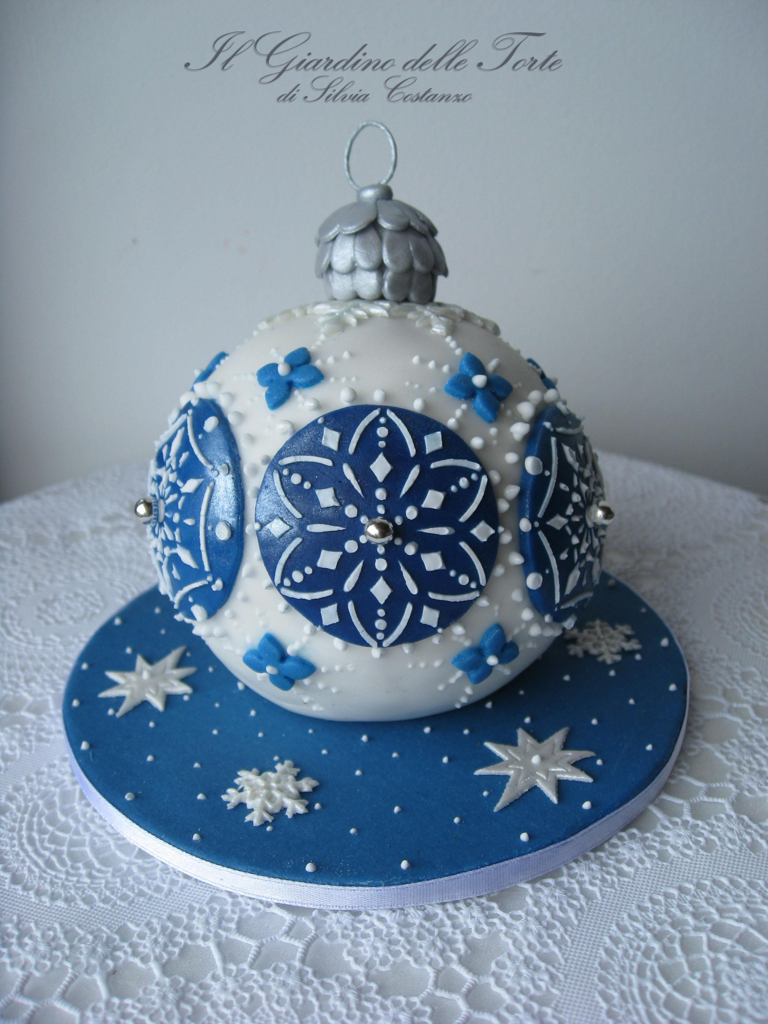 Christmas Bauble Cake - CakeCentral.com