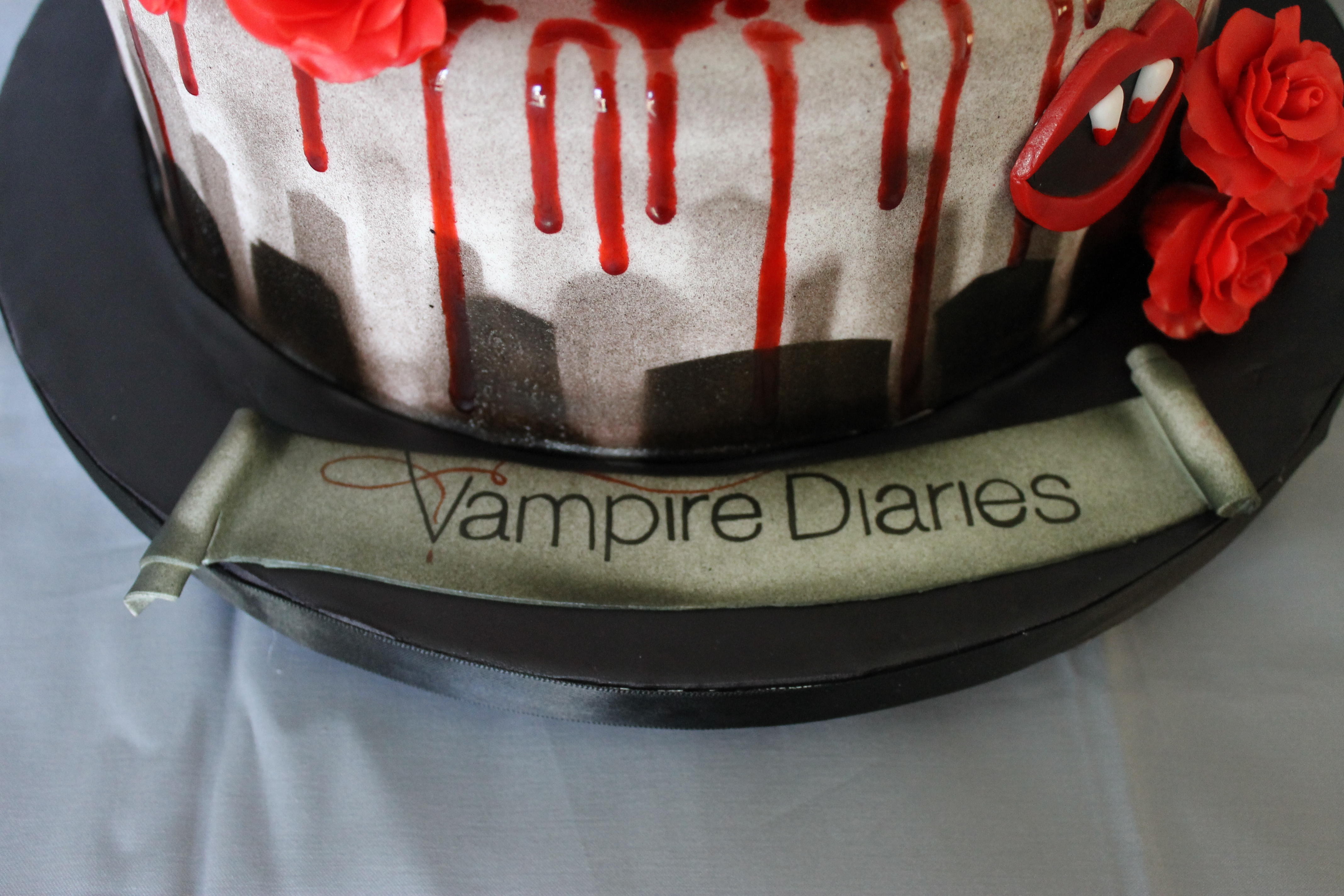 Vampire Diaries Birthday Cake Cakecentral Com