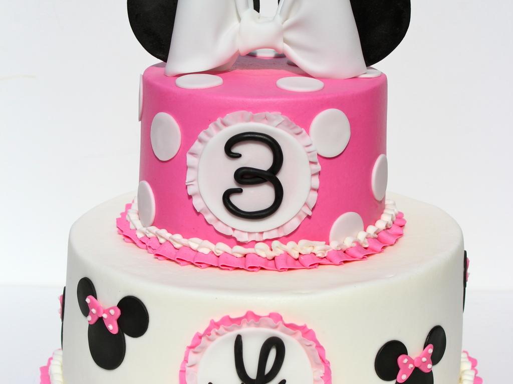Minnie Mouse For Vivi Leigh CakeCentralcom