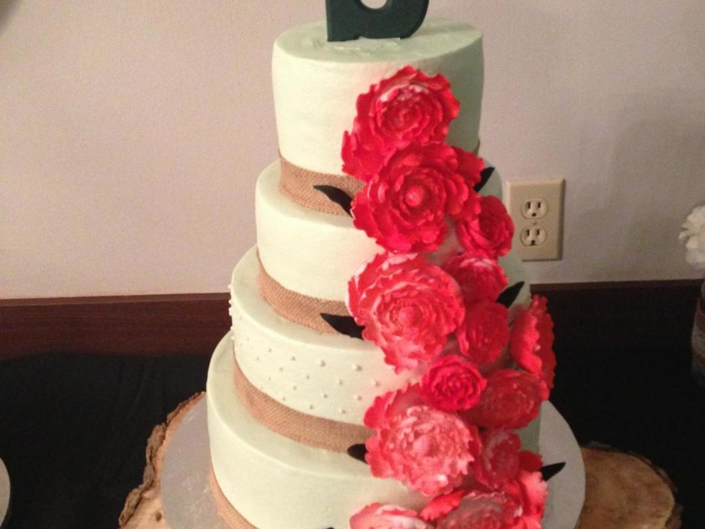 Strawberry Filling For Wedding Cake | Five 5 Tier White Almond Wedding Cake With Strawberry Filling On