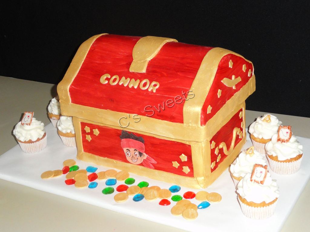 Treasure Chest Decorations Jake And The Neverland Pirates Treasure Chest Cakecentralcom