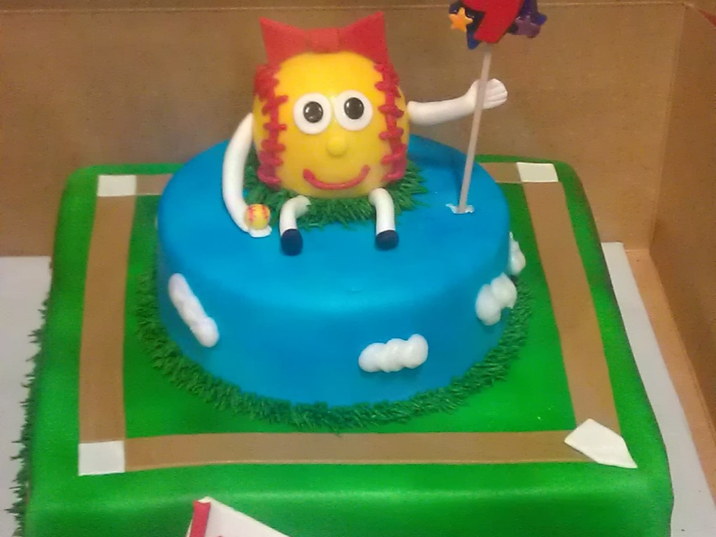 Surprising Softball Themed Birthday Cake Cakecentral Com Personalised Birthday Cards Paralily Jamesorg