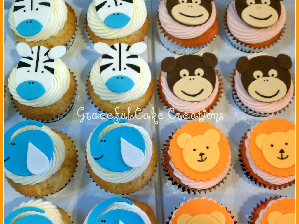 Super Safari Themed Birthday Cupcakes Cakecentral Com Funny Birthday Cards Online Chimdamsfinfo
