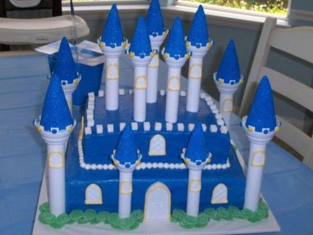 blue castle cake - cakecentral