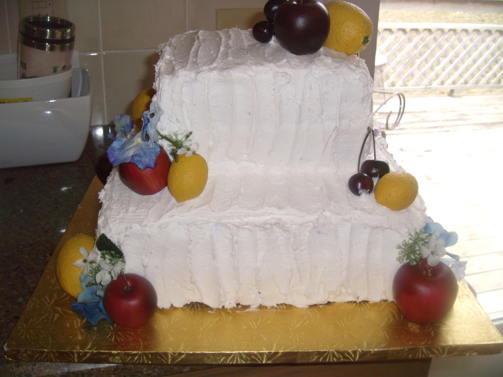 Mamma mia wedding cake
