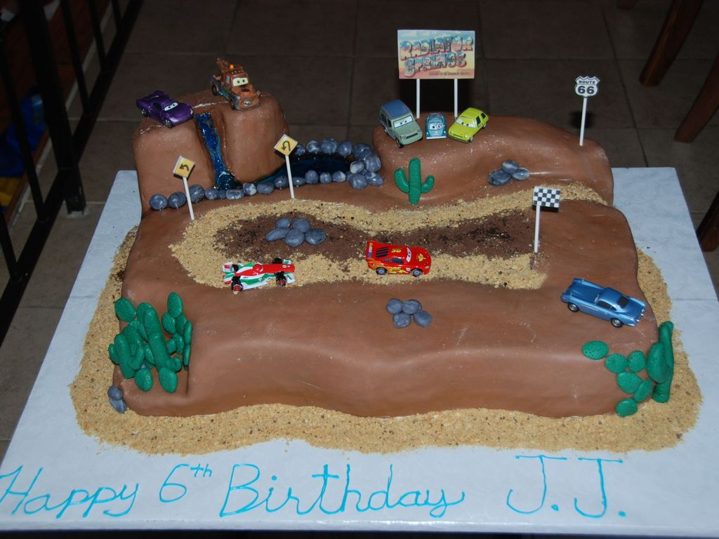 Cars 2 Race Track Cake Cakecentral Com