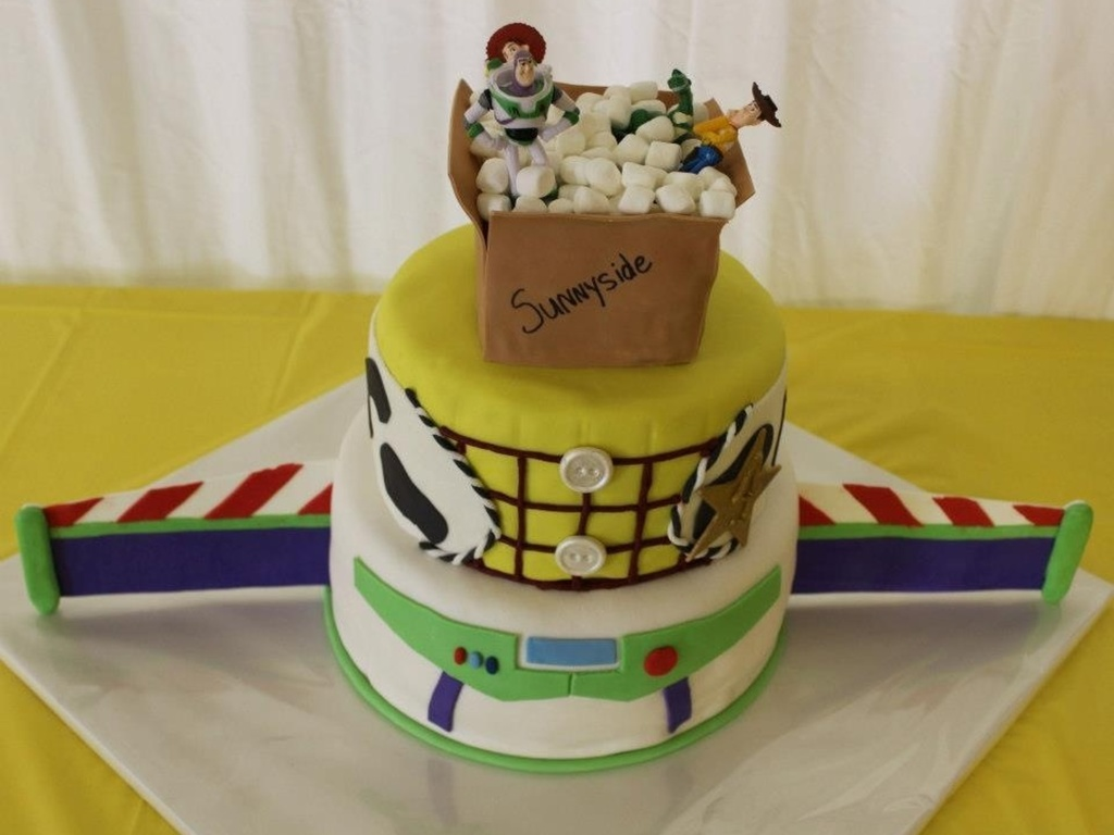 Toy Story Cake For My Sons 4th Birthday Gum Paste Buzz Wings Rice