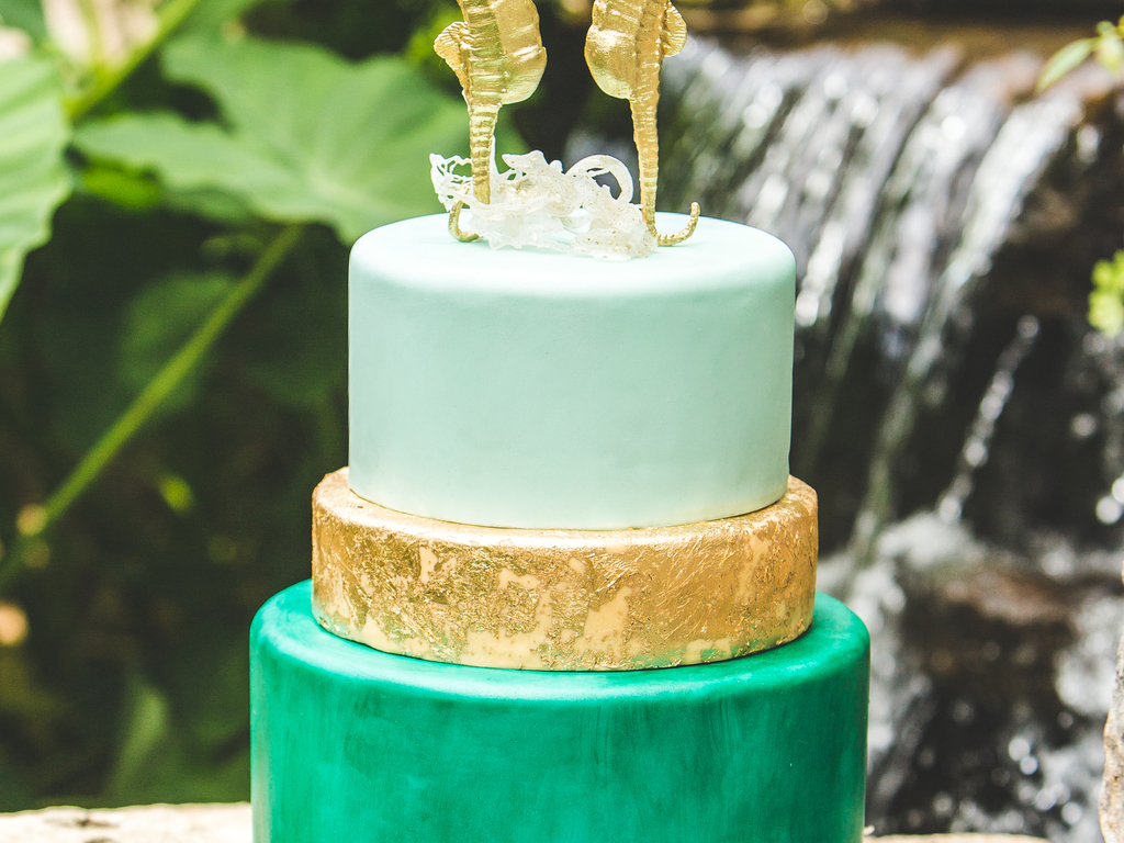 Isomalt Sea Glass On Top And Bottom Of Cake Bottom Tier Hand ...