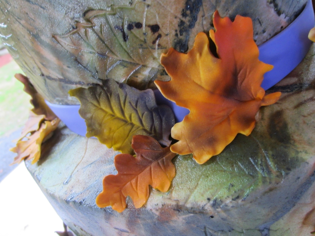 Camo Purple And Fall Leaves Wedding Cake With Buck And Doe Topper
