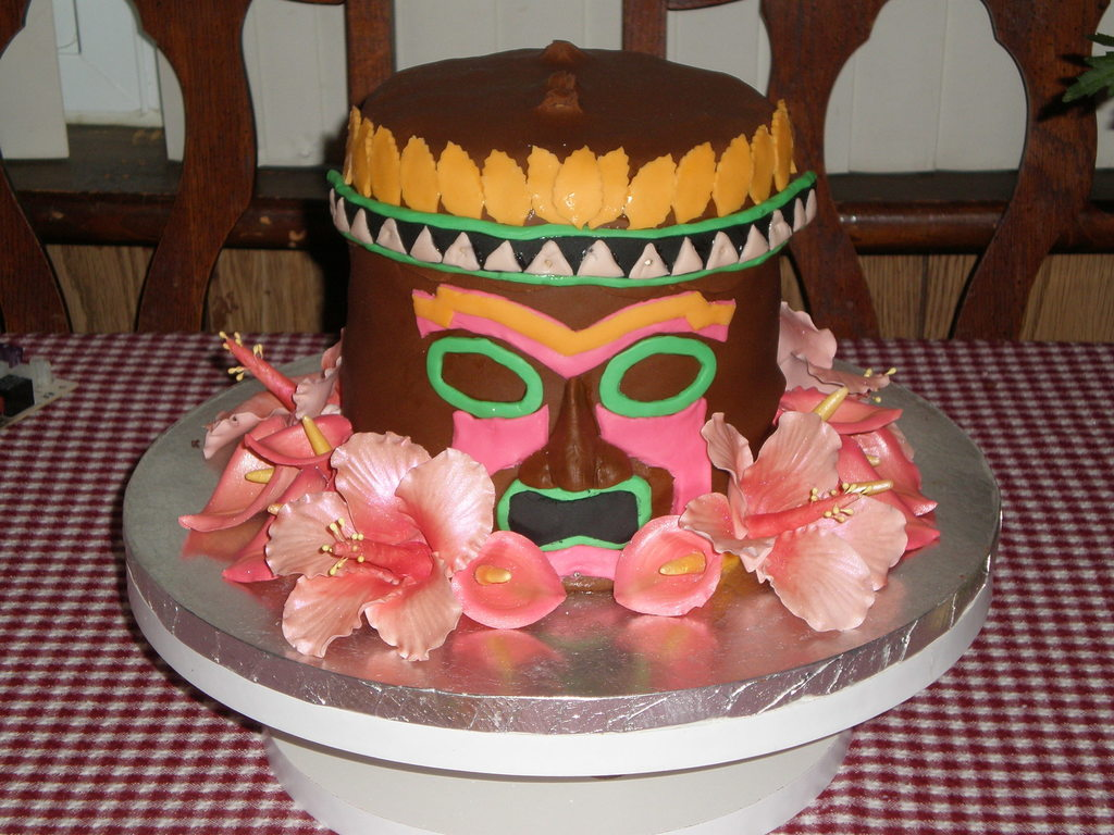 Groovy Tiki Birthday Cake Cakecentral Com Funny Birthday Cards Online Elaedamsfinfo