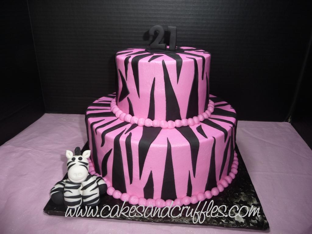 Stupendous Pinkblack Birthday Cake Cakecentralcom Pink Black And White Topsy Funny Birthday Cards Online Sheoxdamsfinfo
