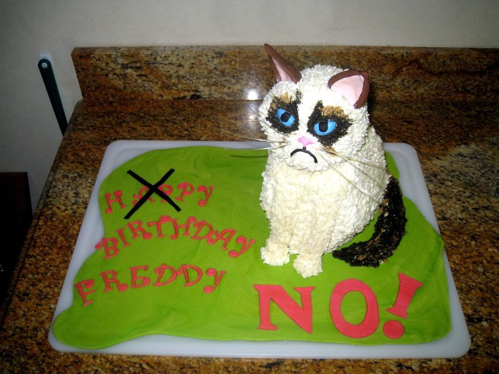 Grumpy Cat Cake CakeCentralcom