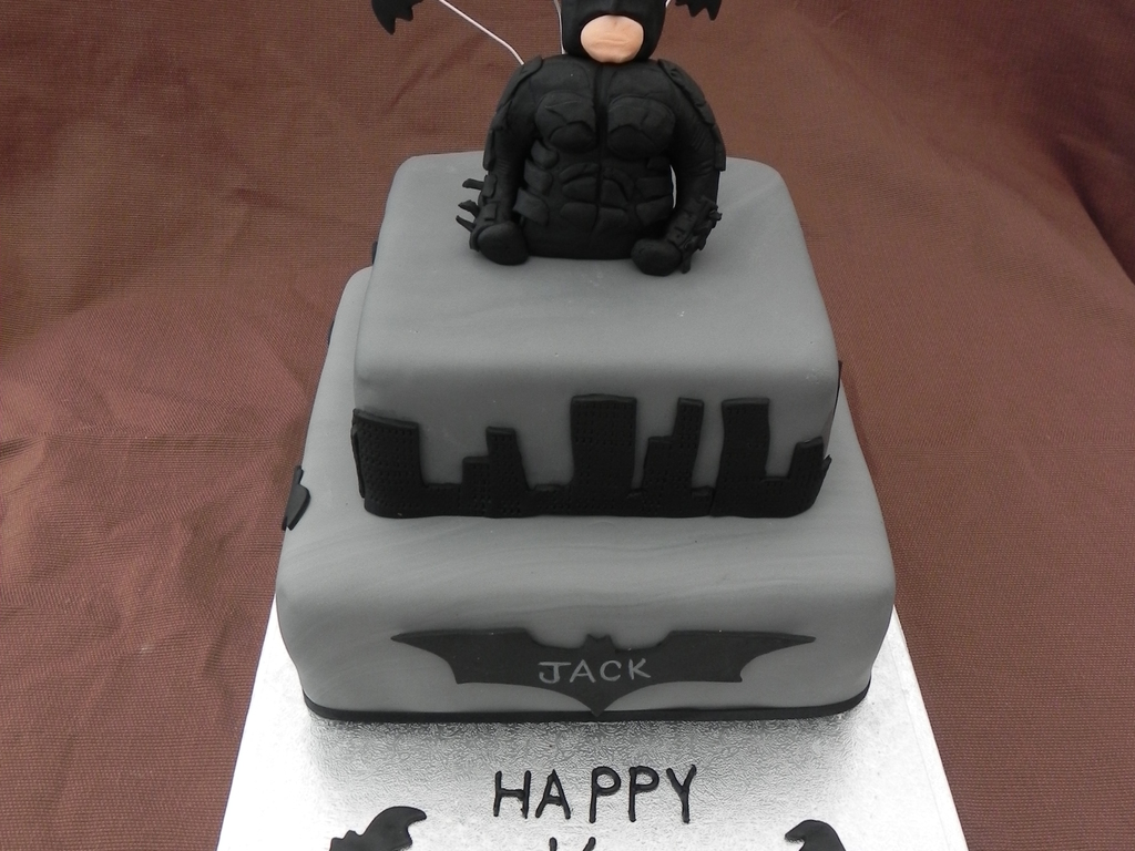 Dark Knight Birthday Cake CakeCentralcom - Dark knight birthday cake
