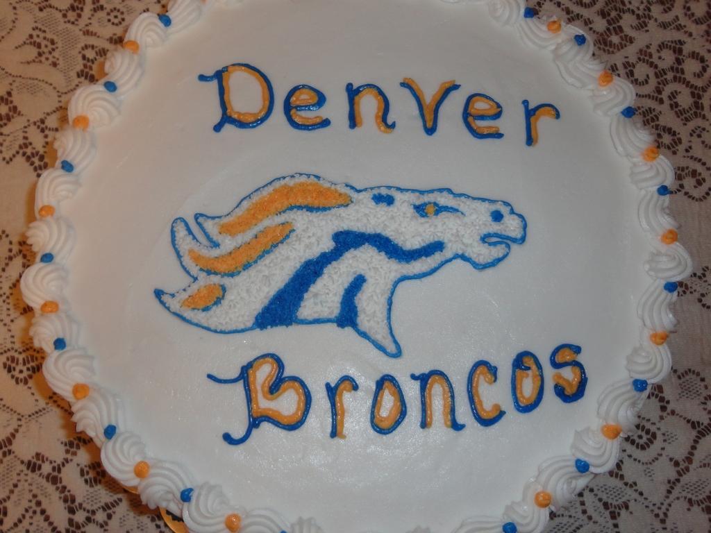 Wondrous Denver Broncos Birthday Cake Cakecentral Com Birthday Cards Printable Trancafe Filternl