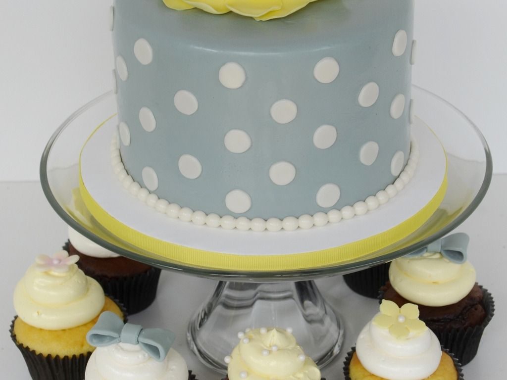 Gray And Yellow Baby Shower Cake And Cupcakes Cakecentral Com