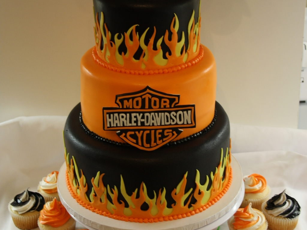 Harley Davidson Party Decorations Harley Davidson Cake Cakecentralcom