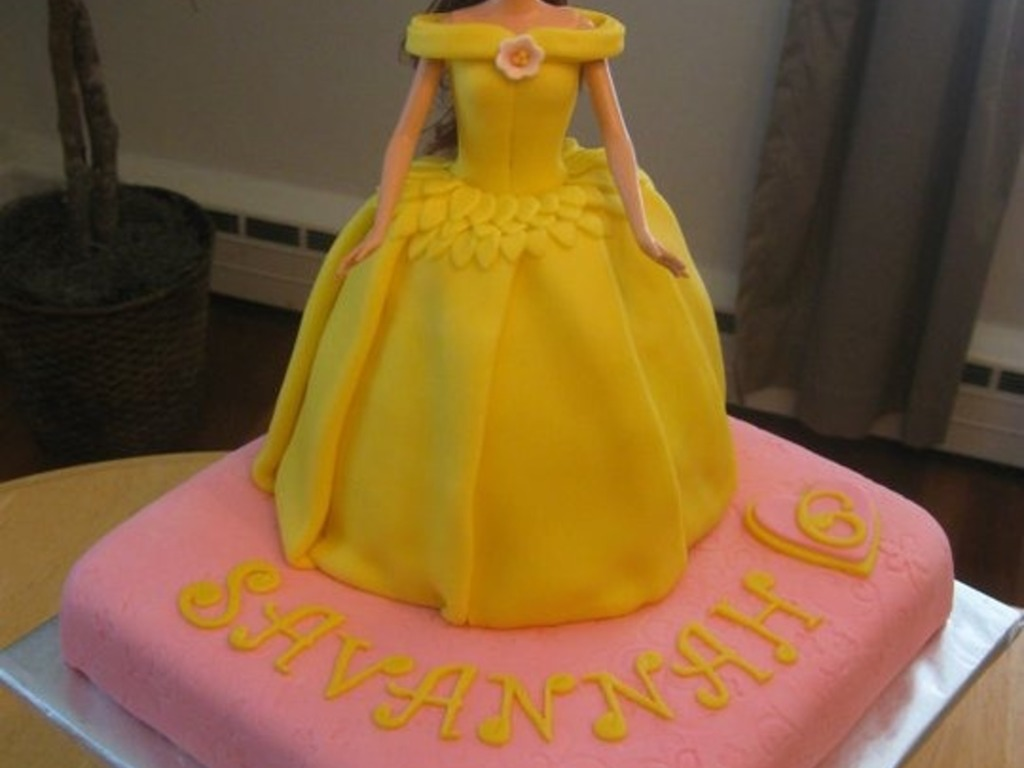 Princess Belle Birthday Cake CakeCentralcom Belles Dress Beauty And