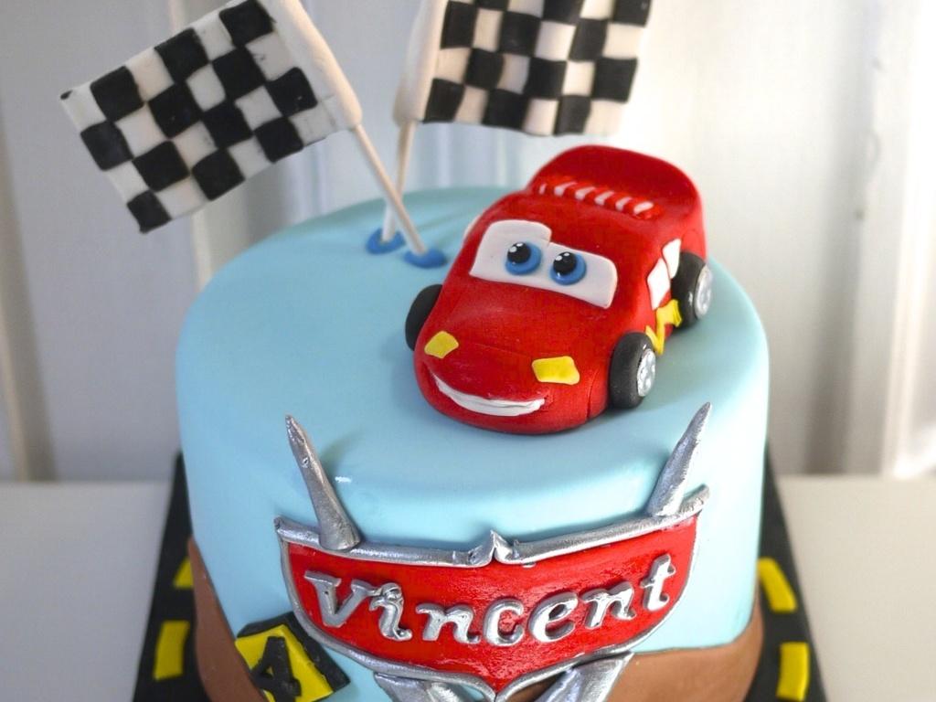 flash macqueen cars cake cakecentralcom
