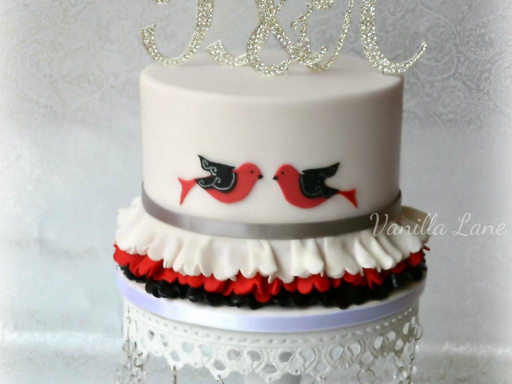 Lovebirds Wedding Cake 6 Top Cake Was Red Velvet Covered In White ...