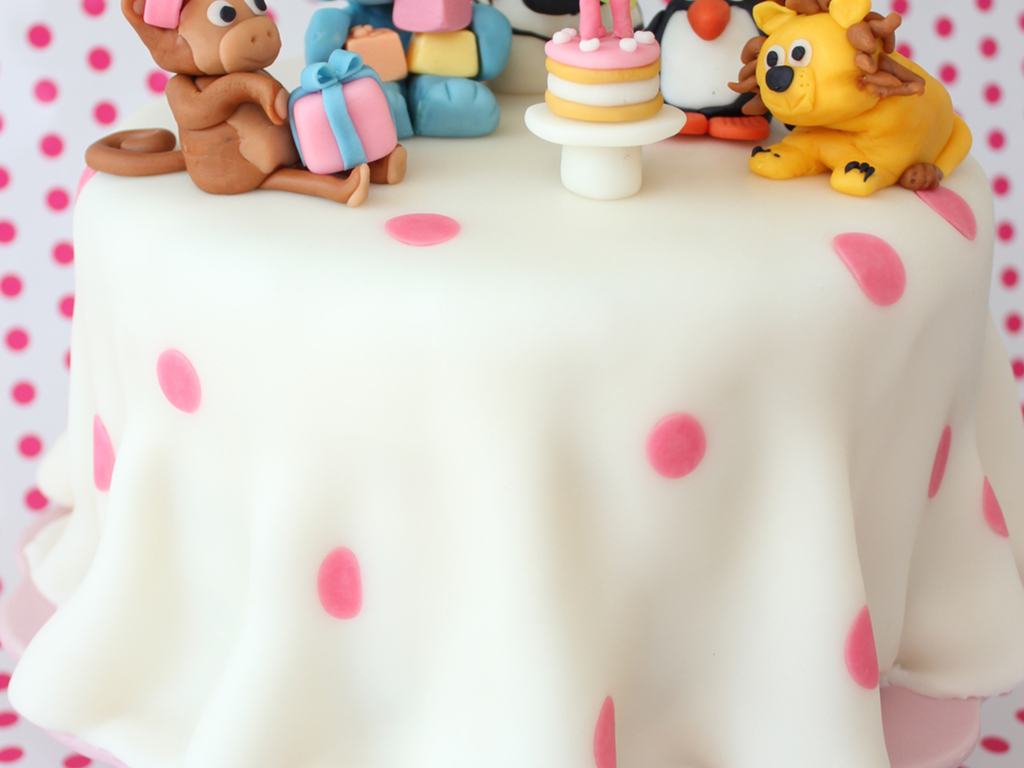 Cake Decorating Animal Figures Animalistic Birthday Party I Searched The Galleries For 3d Animal