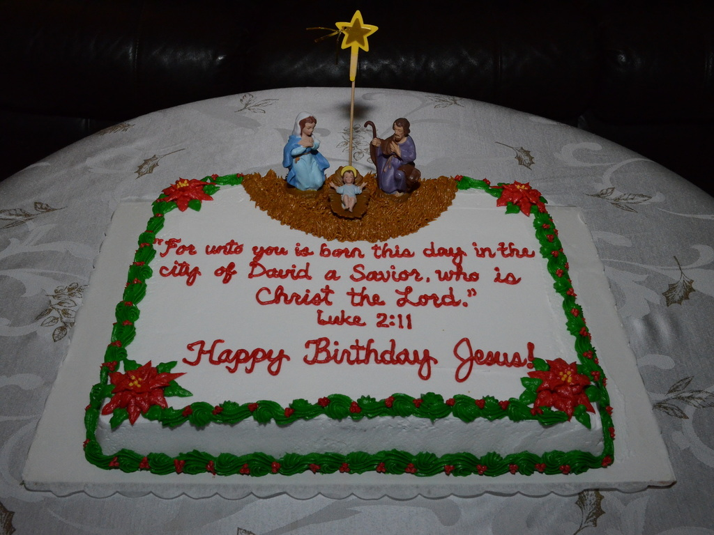 Fine Nativity Scene Happy Birthday Jesus Cake 2013 Cakecentral Com Funny Birthday Cards Online Overcheapnameinfo
