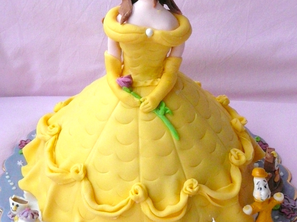 Beauty And The Beast Cake Bell CakeCentralcom