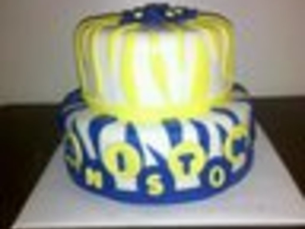 Royal Blue And Yellow Birthday Party Decorations from cdn001.cakecentral.com