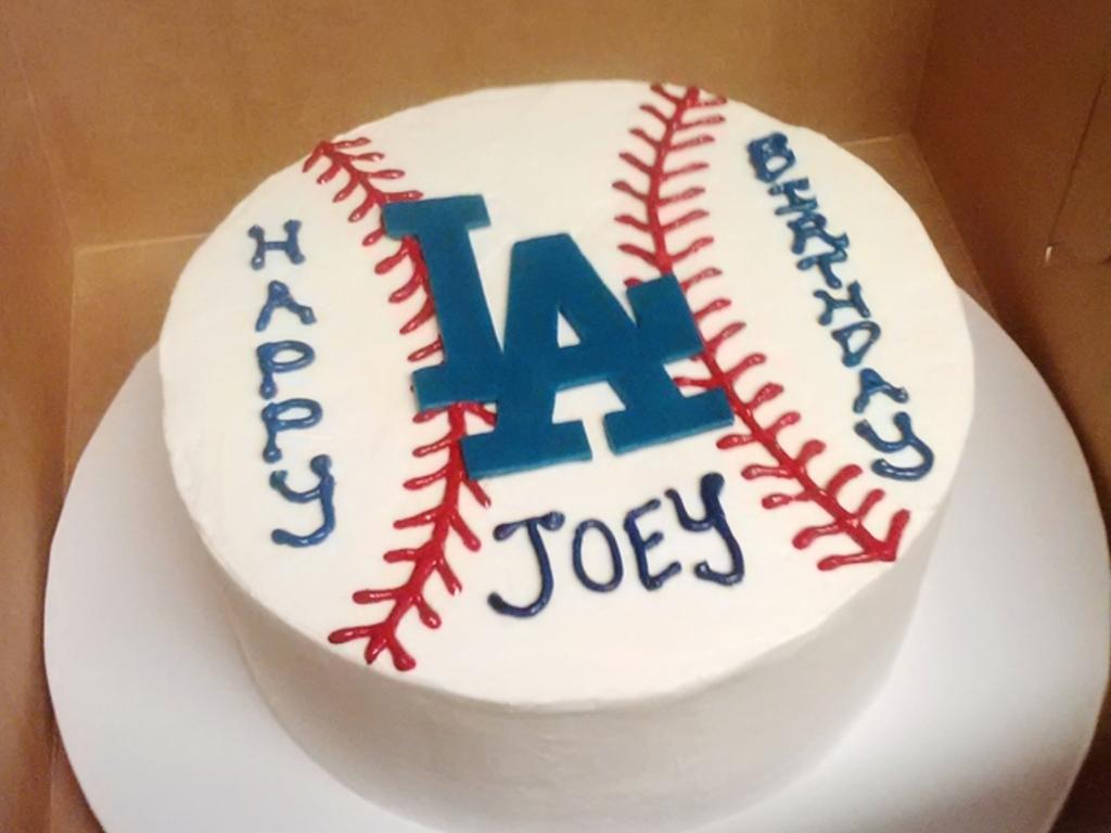 Admirable La Dodgers Birthday Cake Cakecentral Com Funny Birthday Cards Online Benoljebrpdamsfinfo