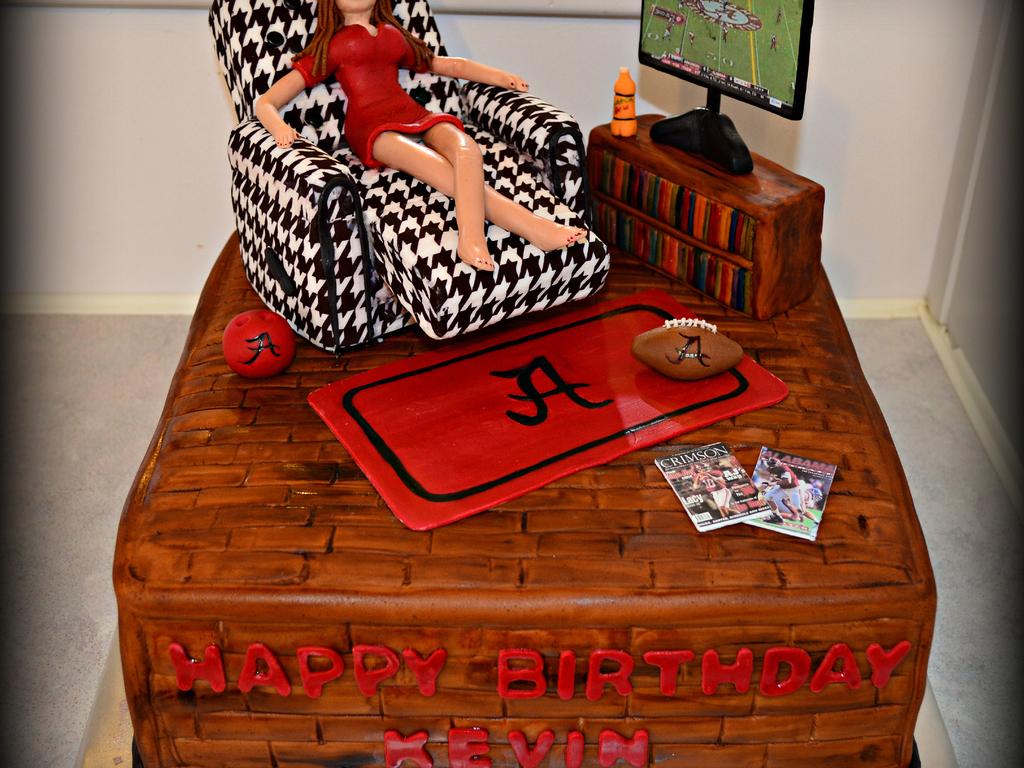 Man Cave Birthday Ideas : Alabama man cave cake cakecentral