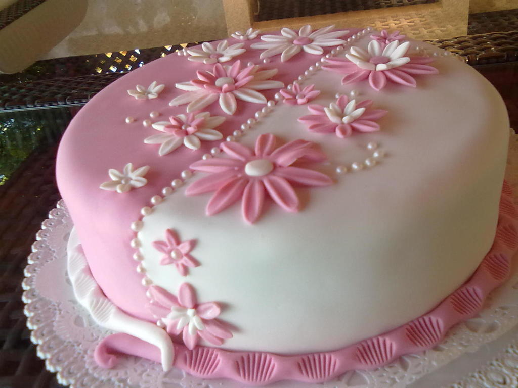 White Pink Flower Cake Cakecentral
