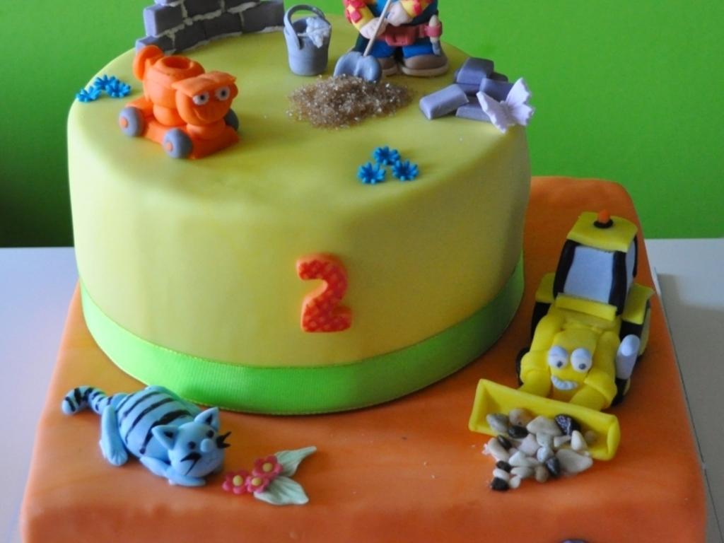 Bob The Builder Cake - CakeCentral.com