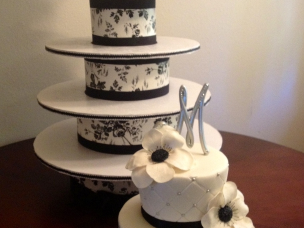 Diy Cupcake Tower/ Black & White Wedding Cake - CakeCentral.com