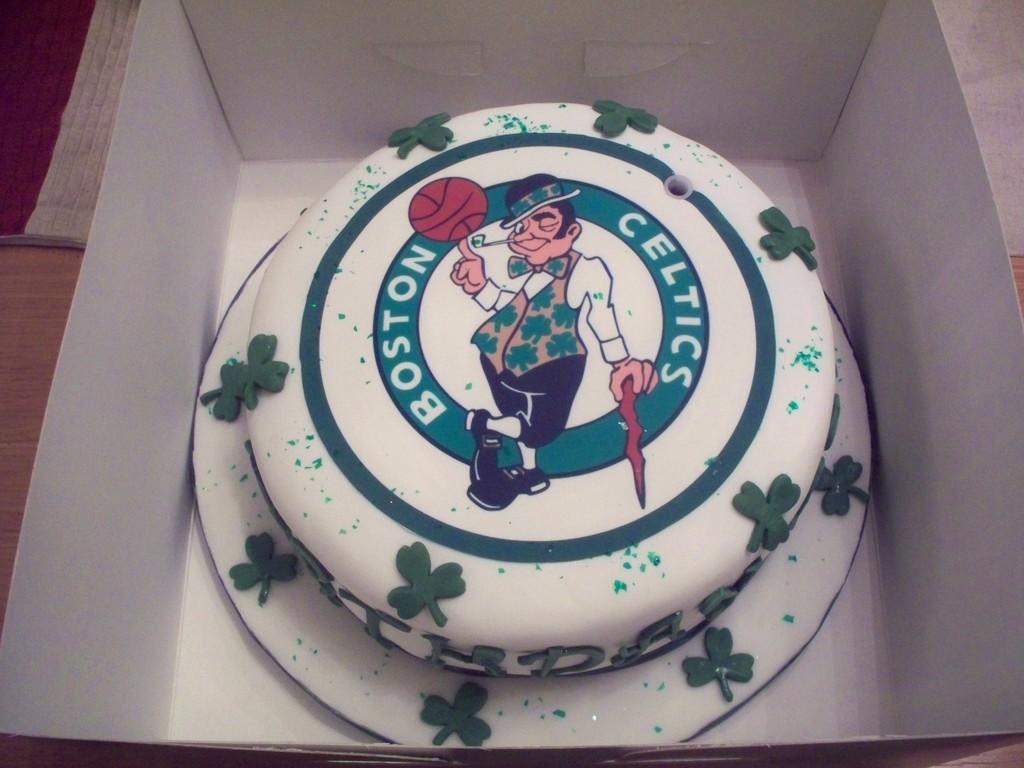 Groovy Boston Celtics Birthday Cake Cakecentral Com Funny Birthday Cards Online Alyptdamsfinfo