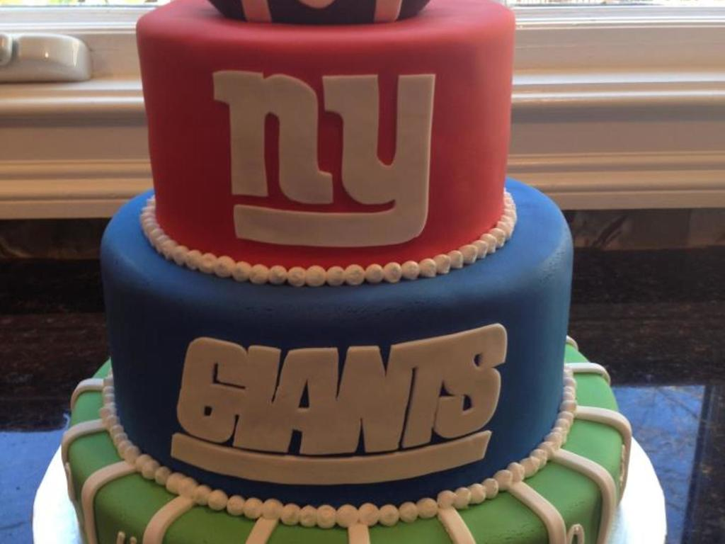 Ny Giants Cake For An 8 Year Old Boys Birthday