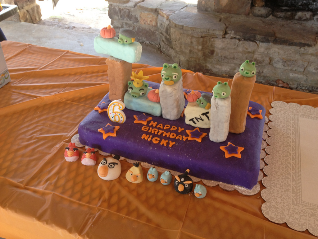 Sensational Nickys Interactive Angry Birds Birthday Cake Cakecentral Com Personalised Birthday Cards Veneteletsinfo