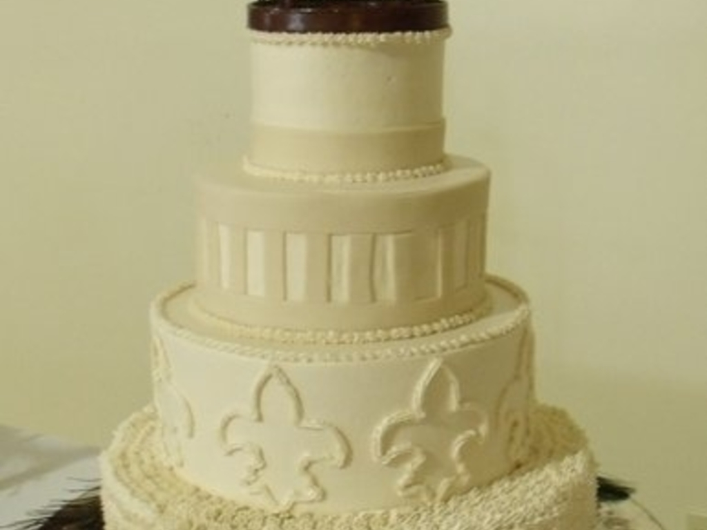 Wedding With Birdcage Topper - CakeCentral.com