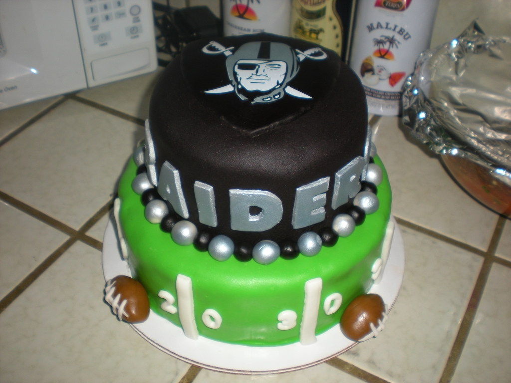 Oakland Raiders Cakecentral