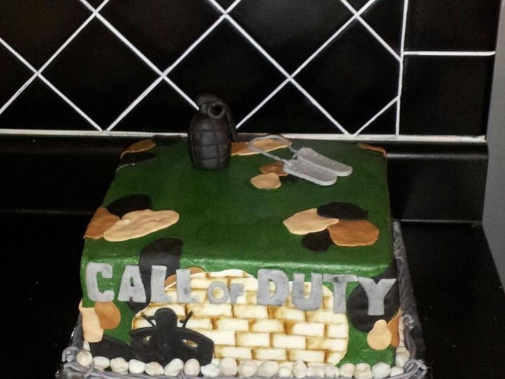 Call Of Duty Cake Modeling Chocolate Grenade Tags Camo Man Brick