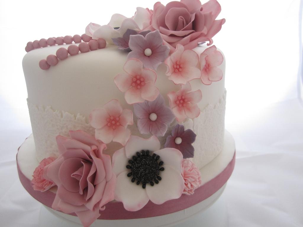 My Sisters Birthday Cake CakeCentralcom