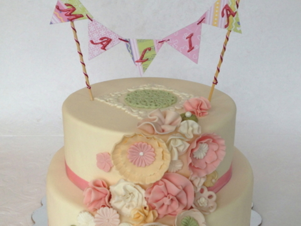 Fantasy Flowers Birthday Cake For A 9 Year Old Girl This Is Gluten Free Lemon Zest With Fresh Curd Filling And