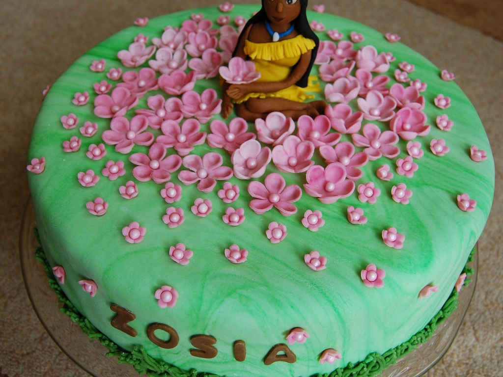 Super Pocahontas Cakecentral Com Personalised Birthday Cards Cominlily Jamesorg