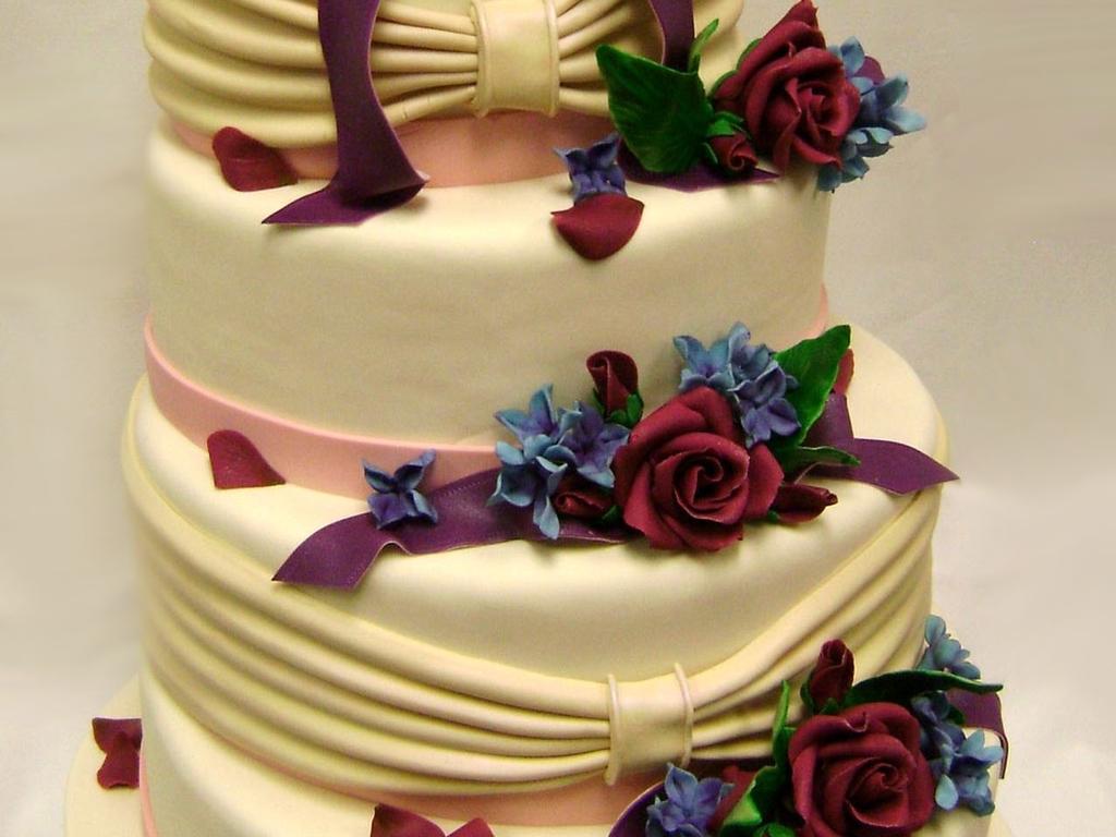 Oval Wedding Cake - CakeCentral.com
