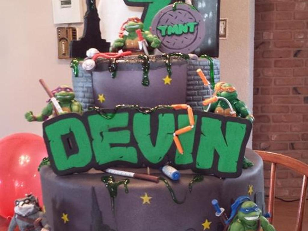 Superb Devins Tmnt Teenage Mutant Ninja Turtle Birthday Cake Funny Birthday Cards Online Elaedamsfinfo