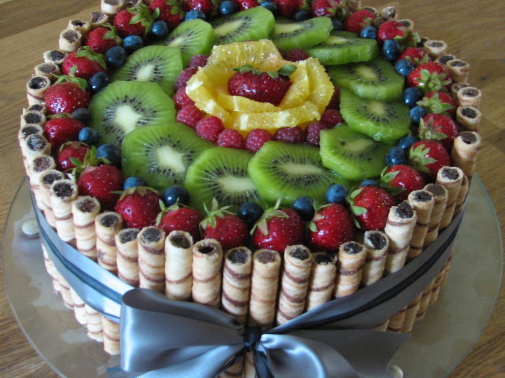 Very Simple Fresh Fruit Cake Ive Made For My Fathers Birthday