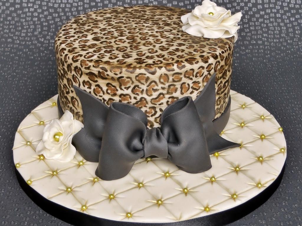 Tremendous Leopard Print Birthday Cake Cakecentral Com Funny Birthday Cards Online Amentibdeldamsfinfo