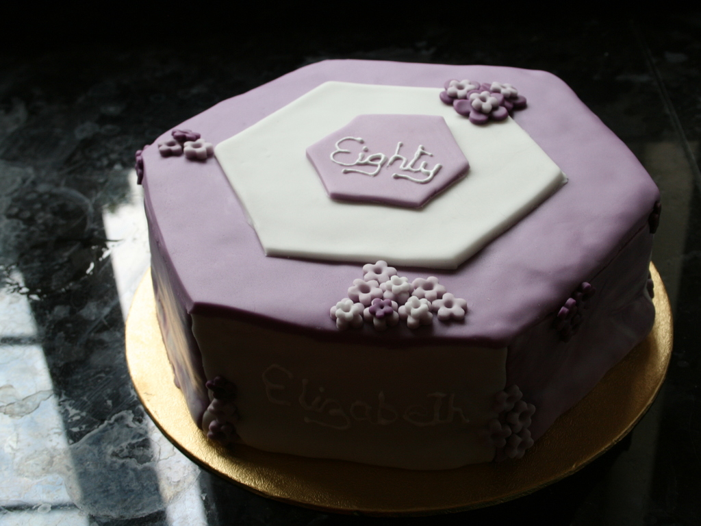 8 Hexagonal Rich Fruit Cake Covered In Sugar Paste And No Marzipan