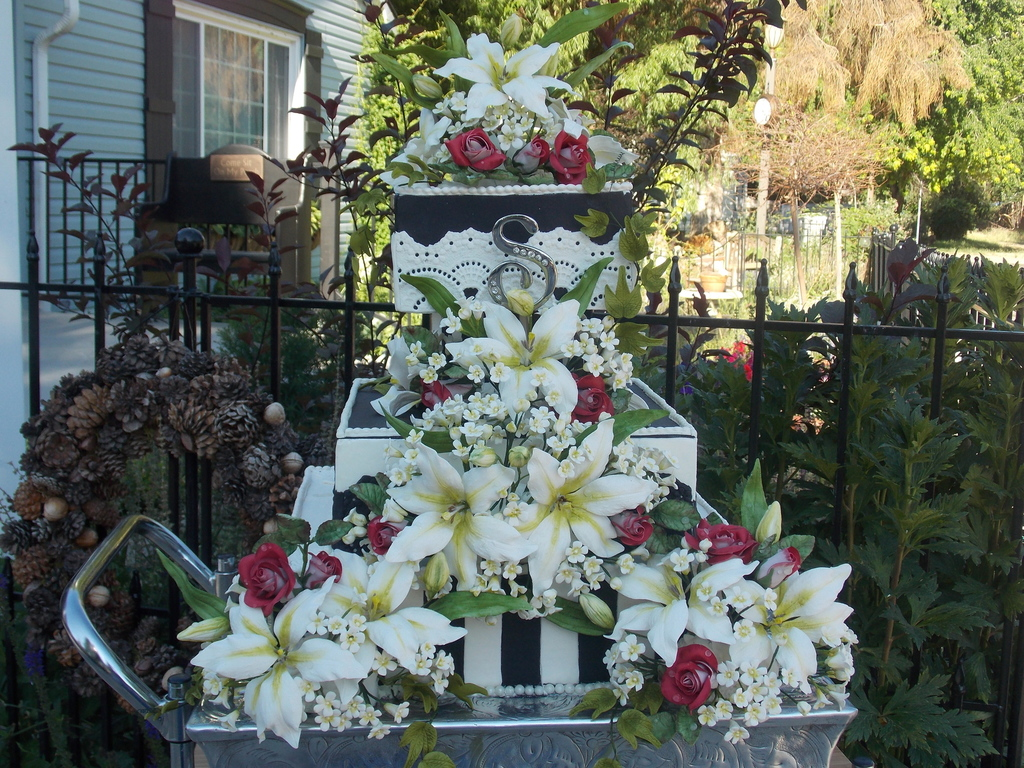 3 Tier Square Wedding Cake Featuring Casablanca Lilies Redwhite