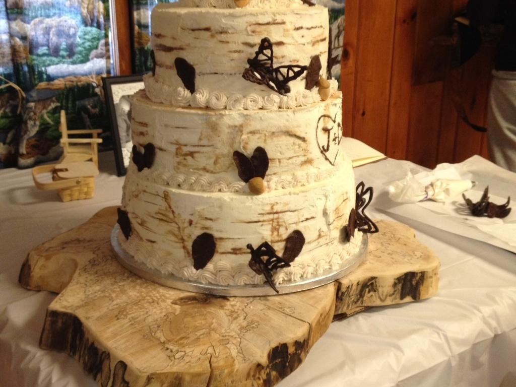 Birch Wedding Cake Smbc Icing Birch Tree Cake - CakeCentral.com
