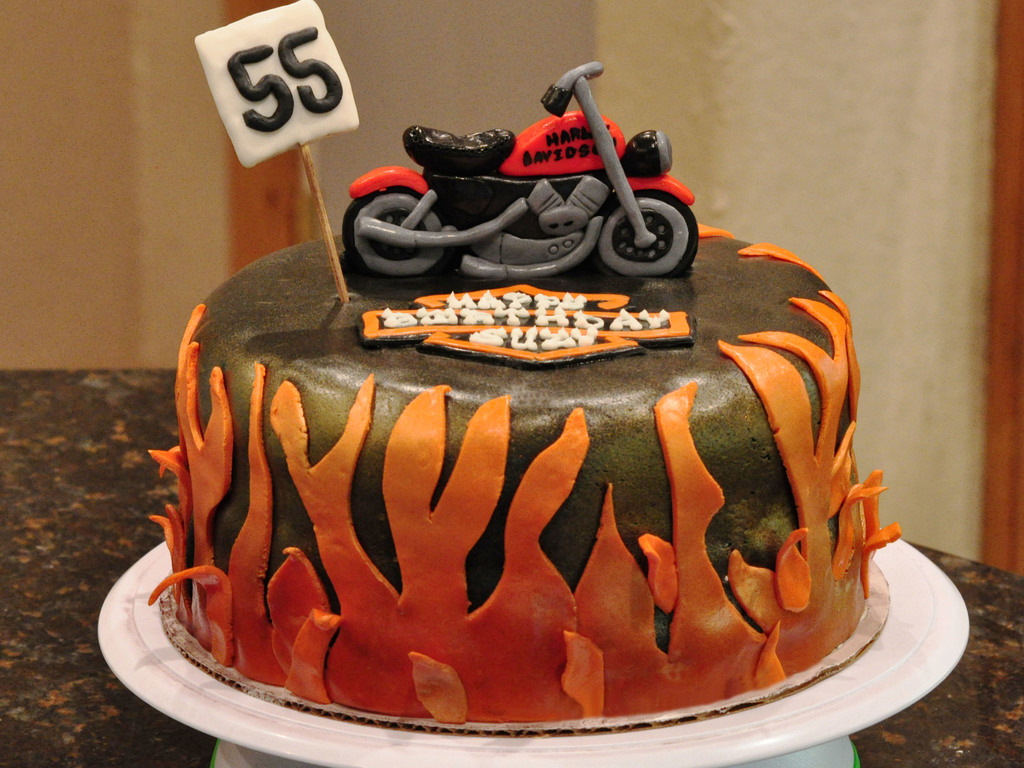 Enjoyable Harley Motorcycle Birthday Cake Cakecentral Com Personalised Birthday Cards Epsylily Jamesorg