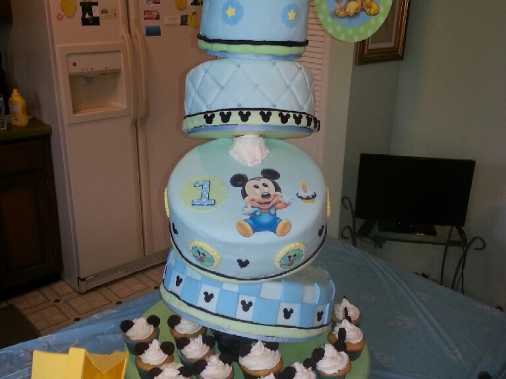 Fabulous Baby Mickey Cake For Boy First Birthday Cakecentral Com Funny Birthday Cards Online Alyptdamsfinfo
